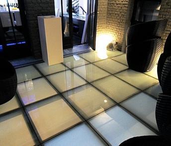 mezzanine m tallique sur mesure pose et fabrication de. Black Bedroom Furniture Sets. Home Design Ideas