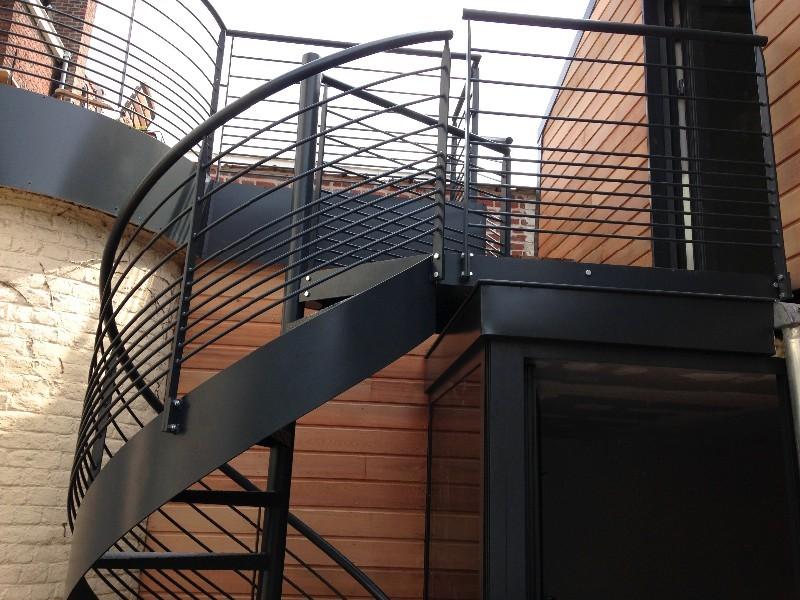 Escalier et garde corps m talliques nord pas de calais escalier m tallique - Escalier helicoidal acier ...