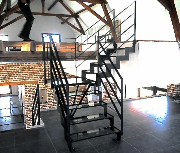 escalier et garde corps m talliques nord pas de calais escalier m tallique double limon. Black Bedroom Furniture Sets. Home Design Ideas